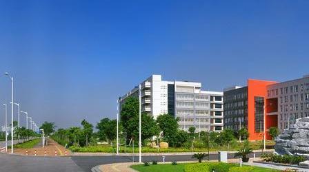 廣州大學是一本嗎排名全國第幾?具體地址在哪學費一年多少?