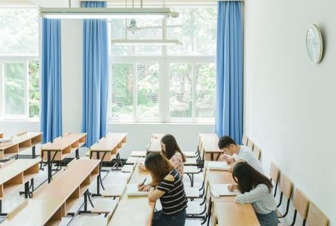 網絡教育本科和自考本科是一樣的嗎?
